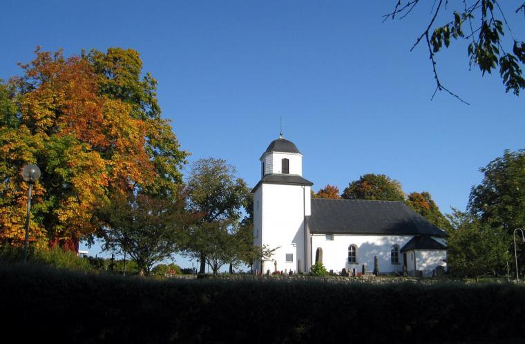 Östad kyrka i Sjövik.